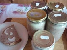 Paštika z Vlčic Russian Recipes, How To Make Cheese, Homemade Gifts, Preserves, Mason Jars, The Cure, Food And Drink, Pudding, Canning