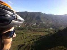 Valle de El Palmar con Teide #avistadepedal #tenerife #inviernoencanarias #islascanarias #bikecanarias #buenavistadelnorte