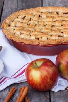 Receta para hacer Pay de Manzana Tart Recipes, Apple Recipes, Sweet Recipes, Dessert Recipes, Desserts, Pie Cake, Food Porn, Good Food, Food And Drink