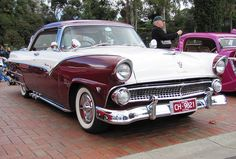 55 Ford Fairlane Victoria