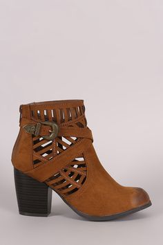Qupid Suede Geo Cutout Buckled Chunky Heeled Booties