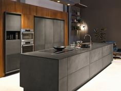 cuisine grise ilot cuisine gris anthracite et meuble cuisine en anthracite et bois cuisine chic contemporaine Black Kitchens, Luxury Kitchens, Cool Kitchens, Luxury Kitchen Design, Best Kitchen Designs, Kitchen Ideas, Kitchen Decor, Diy Kitchen, Casa Top