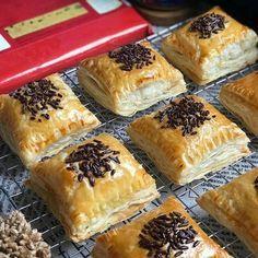 Pastry Recipes, Bread Recipes, Cake Recipes, Snack Recipes, Cooking Recipes, Snacks, Resep Pastry, Resep Cake, Snack Box