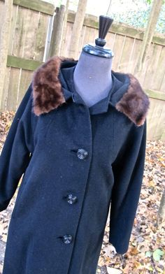 vintage mink-collar coat - 1950s black wool fur collar coat - http://www.fur.me.uk/vintage-mink-collar-coat-1950s-black-wool-fur-collar-coat.html