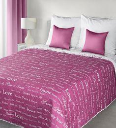 ruzove-obojstranne-presivane-prehozy-na-postel-s-napismi Bed Sheets, Comforters, Blanket, Furniture, Design, Home Decor, Unique, Creature Comforts, Quilts