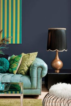 PPG Pittsburgh Paint 2018 Color of the Year is Black Flame.