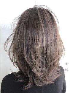 Layered Haircuts For Medium Hair, Haircuts Straight Hair, Medium Hair Styles, Long Hair Styles, Lob Hairstyle, Hairstyles Haircuts, Asian Short Hair, Shot Hair Styles, Brown Blonde Hair
