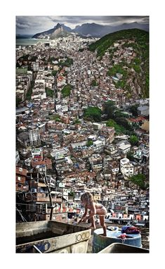 "FAVELA DE RIO DE JANEIRO, BRASIL - Photos from claudia jaguaribe's ""between hills"" of rio de janeiro, as seen from the perspective of children in the favelas . Favelas Brazil, Places To Travel, Places To See, Beautiful World, Beautiful Places, Santa Lucia, Slums, Exotic Places, Urban Life"