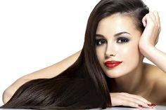 Tener un alisado perfecto en el cabello, sin utilizar plancha sí se puede. Estos tres tratamientos te dejarán un pelo lacio, sin dañarlo
