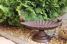 Krmítko pre vtáky, nostalgická dekorácia do záhrady