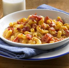 Tomato-Bacon Mac and Cheese  Recipe.  I know it says hunts and we're a heinz family....@Erica Adkins I won't buy the hunts brand!
