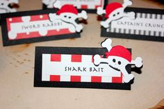 Pirate party food labels.  These are a great accent for that pirate themed party!