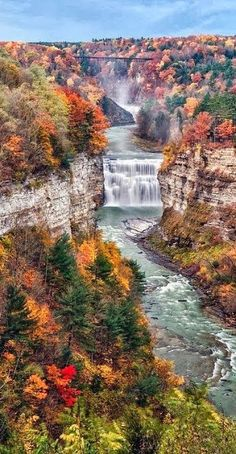 Middle Falls Of Letchworth State Park, NY. Photograph by Mark Papke - Middle Falls Of Letchworth State Park Fine Art Prints and Posters for Sale Beautiful Waterfalls, Beautiful Landscapes, State Parks, Places To Travel, Places To See, Travel Destinations, Letchworth State Park, All Nature, Parcs