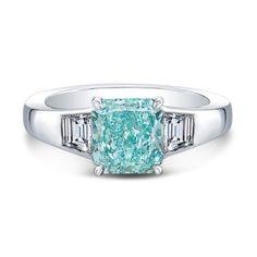 A Fancy Vivid Bluish-Green Radiant-Cut diamond ring - Rahaminov
