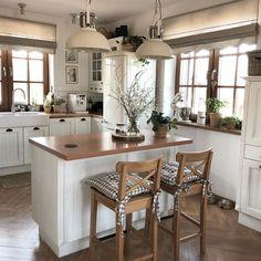 Home Decor Kitchen, Home Kitchens, Küchen Design, House Design, Scandinavian Home Interiors, Industrial Kitchen Design, Sweet Home, Cuisines Design, Beautiful Kitchens