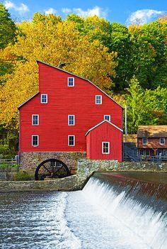 Beautiful autumnal scene by Fine Art American artist, Regina Geoghan.