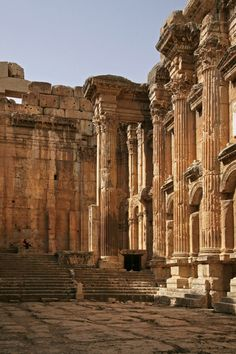 Temple of Bacchus, Baalbek, Lebanon, 2008 Bill Hocker Photographs Ancient Ruins, Ancient Artifacts, Ancient Rome, Ancient Greece, Ancient History, Roman Architecture, Classic Architecture, Ancient Architecture, Amazing Architecture