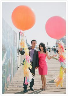 Such a cute e-sesh with festive pink and orange Geronimo Balloons