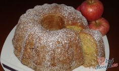 Skořicovo jablíčková bábovka podle Michaely. Sweet Recipes, Cake Recipes, Cherry Brownies, Toffee Bars, Sweet Cooking, Good Food, Yummy Food, Bunt Cakes, Czech Recipes
