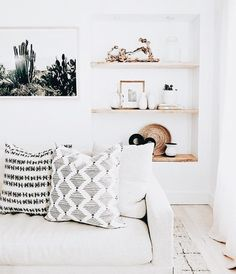 New Bohemian style living room interior design with a neutral color palette and . New Bohemian style living room interior design with a neutral color palette and African mudcloth style throw pillows Simple Living Room, Boho Living Room, Interior Design Living Room, Living Room Designs, Living Spaces, Interior Decorating, Bohemian Living, Modern Living, Minimalist Living