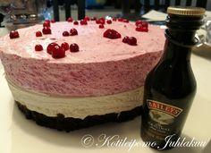 Baileys-puolukkamoussekakku (K-18) Baileys, 18th, Desserts, Food, Tailgate Desserts, Deserts, Essen, Postres, Meals