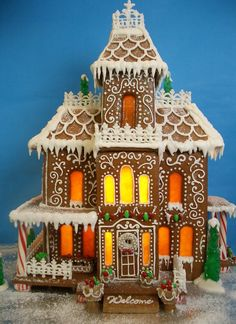 Get inspired by these beautiful, festive, and EDIBLE houses!