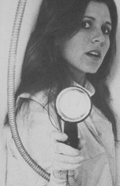 """theforcebindsus: """" carriefisherclassic: Carrie Fisher behind the scenes of The… http://ift.tt/1T6Vxsh """" ESB"""