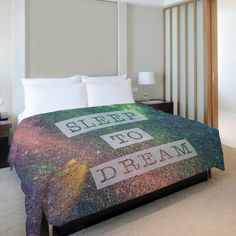 Sleep to Dream Galaxy Fleece Duvet Cover Size: King ($97) ❤ liked on Polyvore featuring home, bed & bath, bedding, duvet covers, fleece bedding, galaxy bedding, king size duvet, king size bedding and outer space bedding