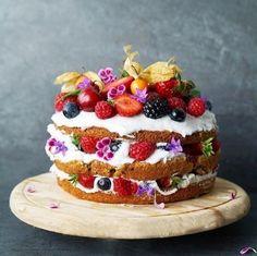 Notre inspiration #fraichementpresse du jour : le gâteau nectarine & noix de…