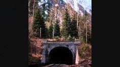 Iron Ribbon - A Brief History of the Canadian Pacific Railway Canadian Pacific Railway, Canadian History, Social Studies, Canada, Gold Rush, World, Homeschooling, Trains, Ribbon