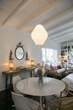 modern living room lighting with Phillips dimmable LED light bulbs / sfgirlbybay