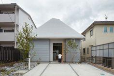 House in Iwakura by Architect Keiichi Kiriyama