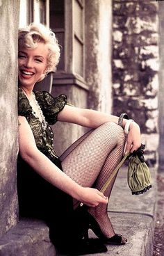 Marilyn. From back in the day when women were allowed to be a healthy shape...