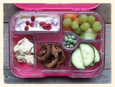 School Lunches - 100 Days plan for Real Food. Jam packed with goodness, vitamins and energy for little people Real Food Recipes, Healthy Recipes, Healthy School Lunches, Toddler Lunches, Whats For Lunch, Lunch Snacks, Fabulous Foods, Lunch Ideas, Healthy Eating