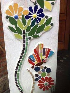 Resultado de imagen para #macetas decoradas en mosaiquismo