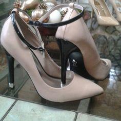 1eab1acf0 JL beautiful high shoes Diamonds in the hell Jennifer Lopez Shoes Heels  Jennifer Lopez Shoes