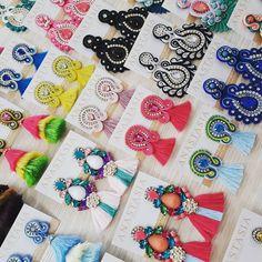 #moda #accesorios #collar #maxicollar #aretes #zarcillos #soutache #design #diseño #talentovenezolano #designervenezuela #diseñovenezolano #glam #musthave #hechoenvenezuela #handmade #outfit