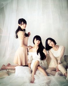 so cute!!  Perfume in CanCam April 2013