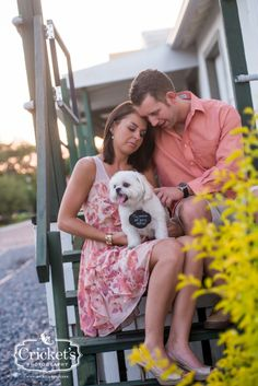 Dog and engagement session    #esession #engagementsession #engagementphotography #weddingphotography Cricket's Photography www.cricketsphoto.com Orlando Engagment Photographer | Orlando Wedding Photographer | Orlando Portrait Photographer