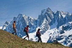 Die Via #Bregaglia: Panoramawanderungen zwischen Schweiz und Italien: www.hikeandbike.de Mount Everest, Hiking, Mountains, Landscape, Nature, Travel, Ski, Climbing, Switzerland