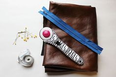 Make your own faux leather clutch