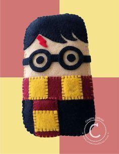 Funda para celular de fieltro de Harry Potter. <3  Felt cellphone or iPod…