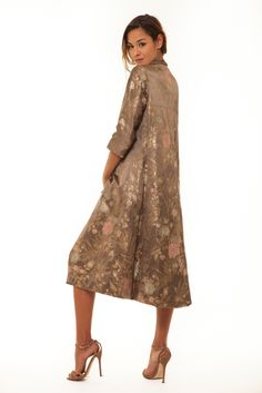 Image of Queen asian coat Cold Shoulder Dress, Vintage Fashion, Asian, Queen, Coat, Image, Dresses, Vestidos, Sewing Coat