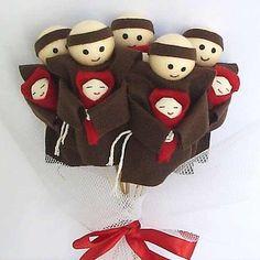 buquê casamento de santo antônio! 5 bonecos! lindo!!