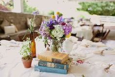 Books as part of your table decorations?