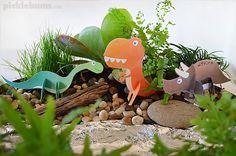 Make a dinosaur garden for imaginative play - plus free printable 3D dinosaurs to make!