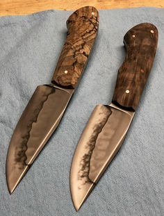 (notitle) - Fixed Blades - Pretty Knives, Cool Knives, Knives And Tools, Knives And Swords, Forging Knives, Forged Knife, Bushcraft Knives, Edc, Knife Shapes