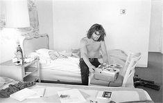 Kris Kristofferson, in hotel with tape recorder, Nashville, 1970 Young Johnny Cash, Johnny Cash Show, Morrison Hotel, Kris Kristofferson, Tape Recorder, Vintage Art Prints, Music Artists, Nashville, Find Image