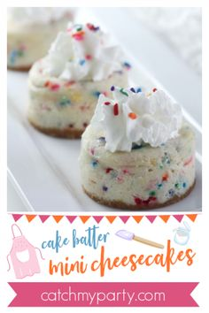 How about serving cake batter mini cheesecakes for Easter? Check out our funfetti cheesecake recipe and wow your party guests. Cake Batter Cheesecake, Mini Cheesecake Recipes, Mini Desserts, Dessert Recipes, Dessert Ideas, Mini Cakes, Cupcake Cakes, Cupcakes, Funfetti Cake