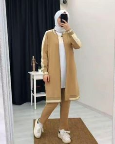Modest Fashion Hijab, Muslim Fashion, Yarn Sizes, Mode Hijab, Clothes For Sale, Abs, Normcore, Fabric, Future